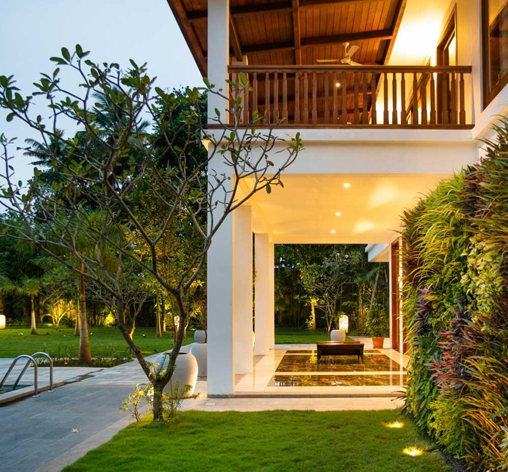 Raviz Home